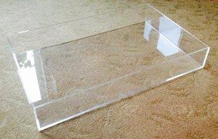 Organiskā stikla trauks