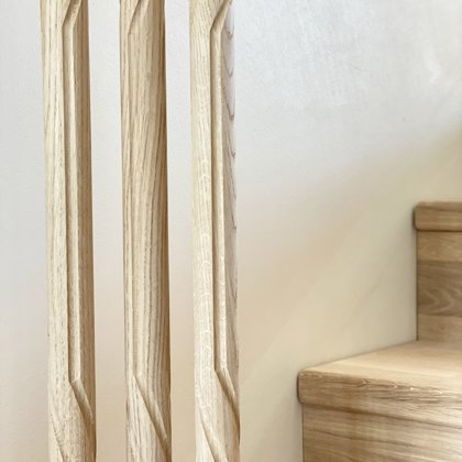 Milled wooden railings – (Form 4)